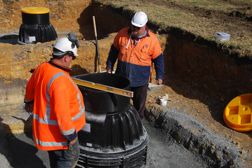 Plastic Manhole Chamber Installation - Checking Level of Cone
