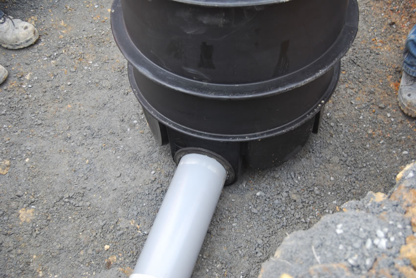 Plastic Manhole Chamber Installation - DN625 Inlet Seal